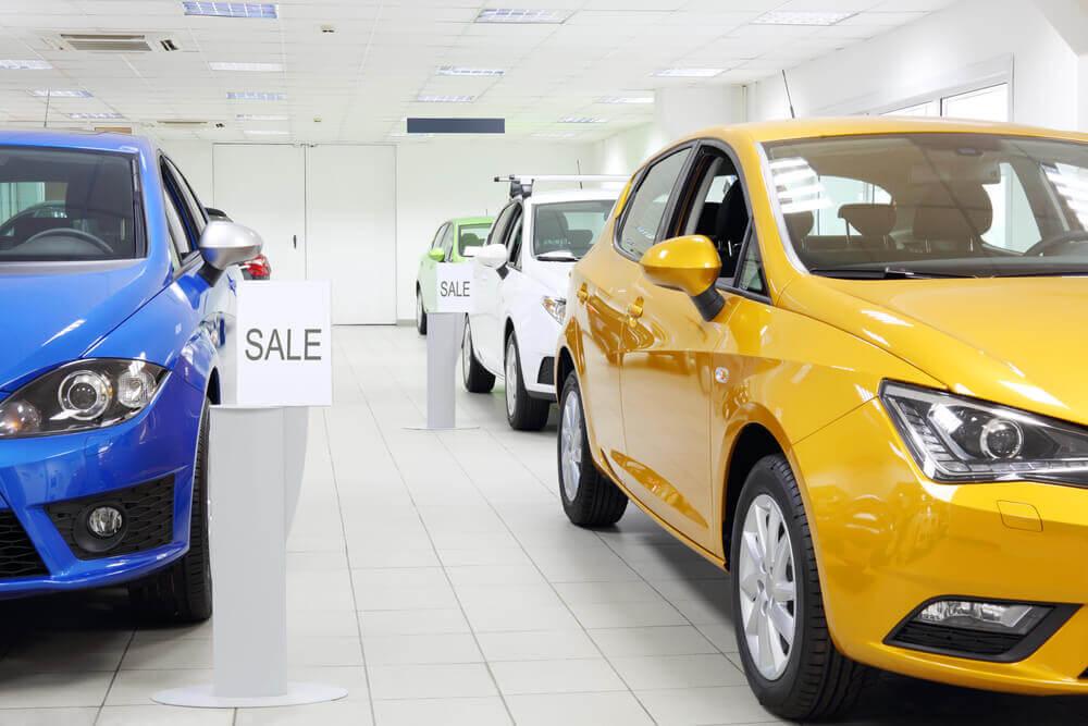 Договор купли-продажи автомобиля между юридическим и физическим лицом и между юр