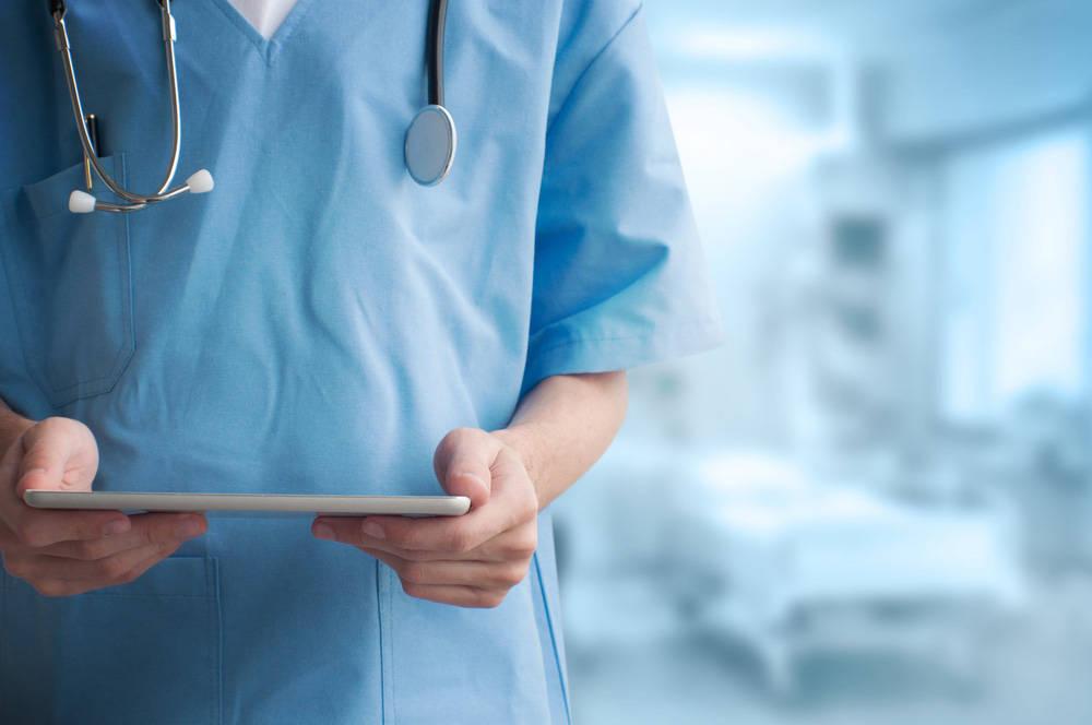 Когда нужна медицинская справка водителю: получение прав