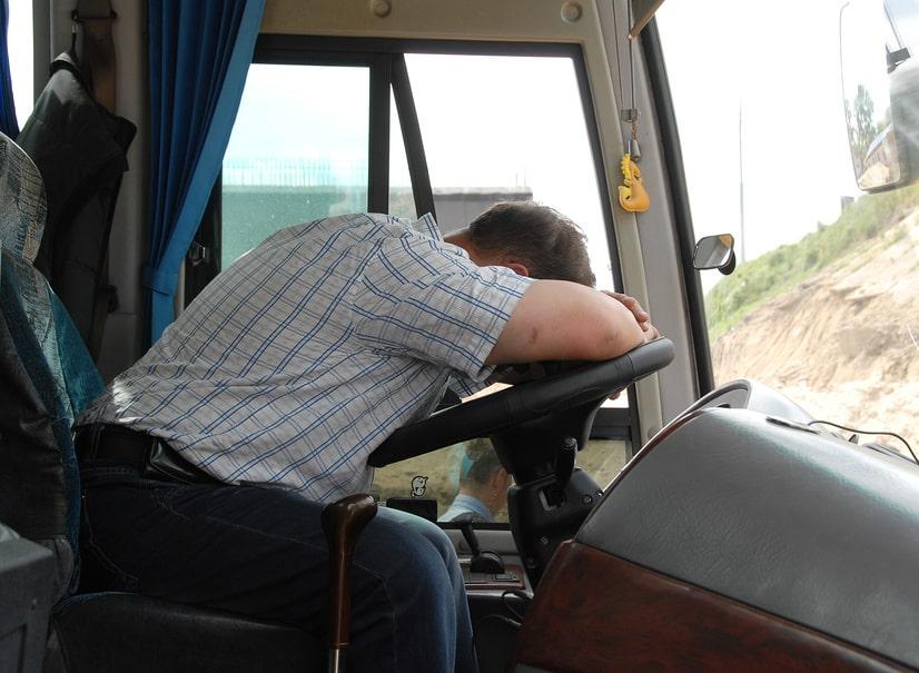Когда нужен тахограф на грузовик