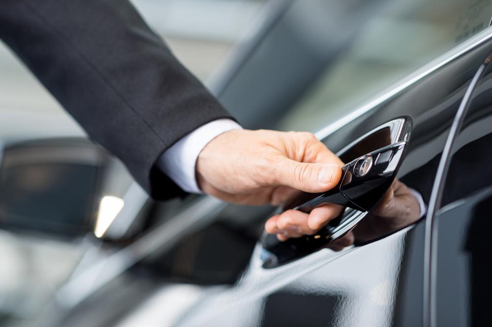 Может ли покупатель авто сам снять с учета