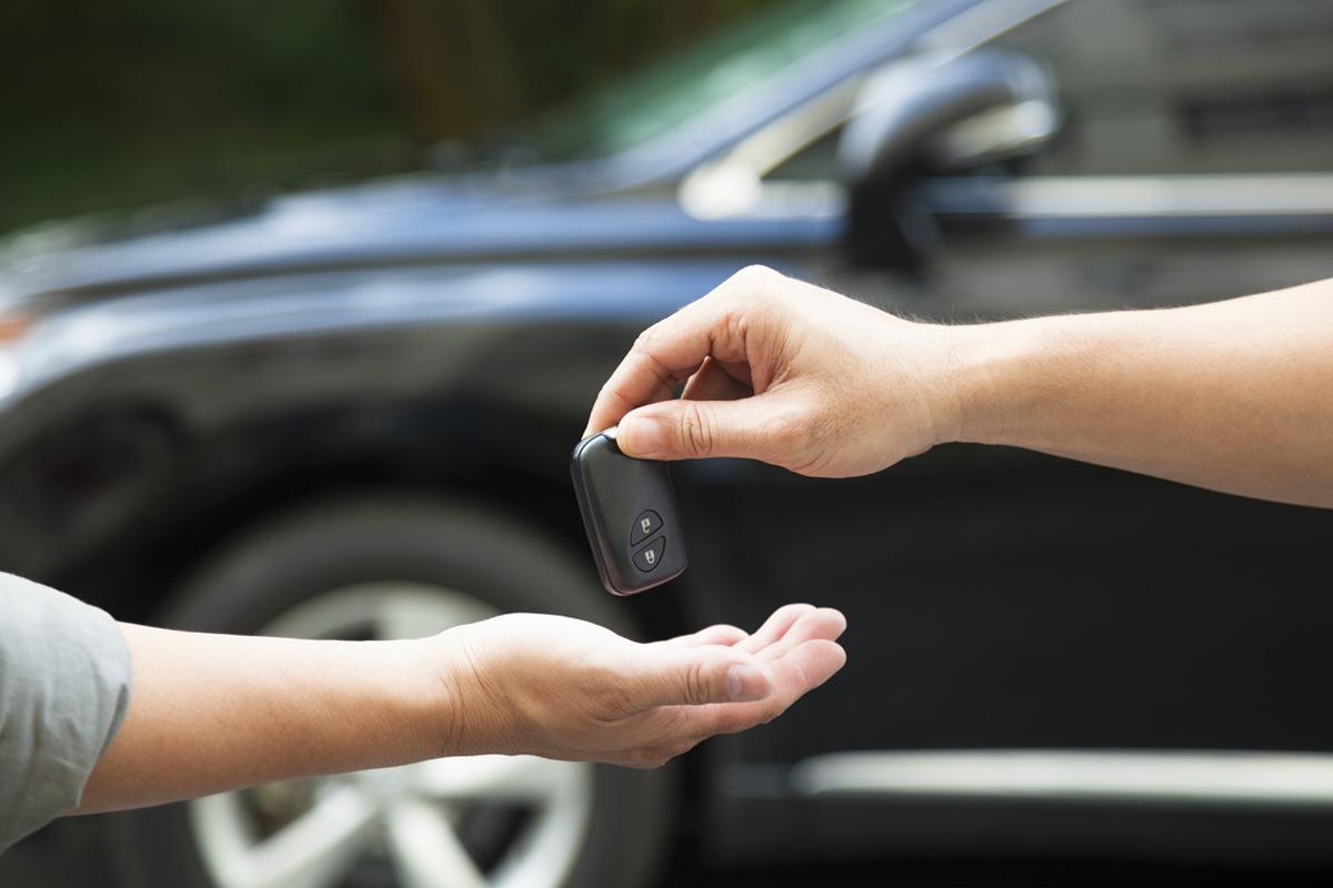 Какие документы нужны для переоформления автомобиля в ГИБДД в 2021 году