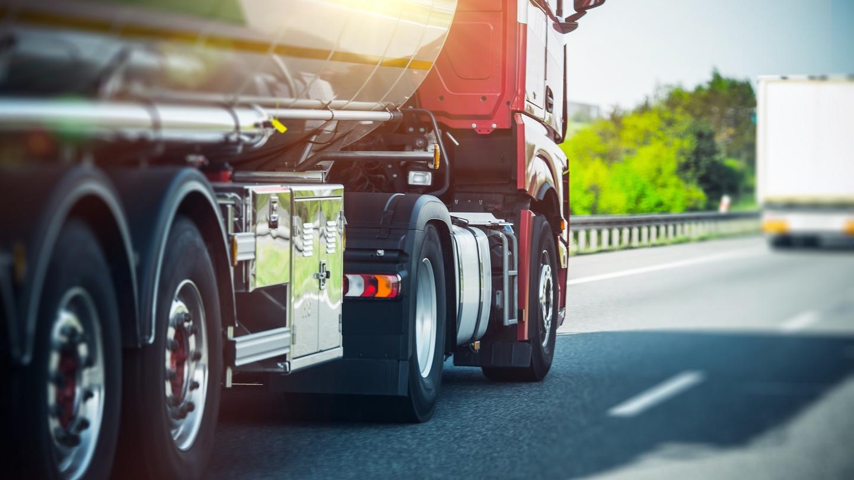 Как в москве переоформить грузовое авто